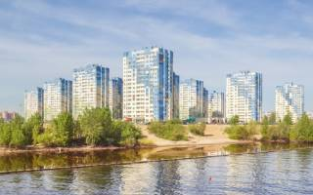 Выгодно ли покупать квартиру в строящемся доме
